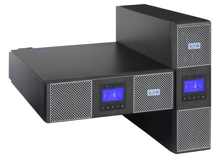 Die Eaton 9PX USV kann als Standgerät vertikal aufgestellt oder im Rack horizontal montiert werden.