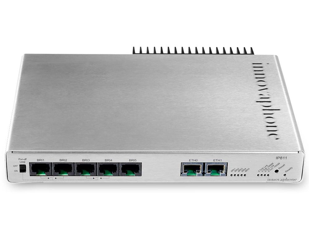 innovaphone Gateway IP811 mit fünf BRI Anschlüssen, frontal